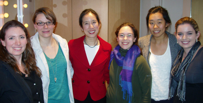 Beckman Scholars meet with Dr. Pauline Chen during her UCSB Arts & Lectures visit.