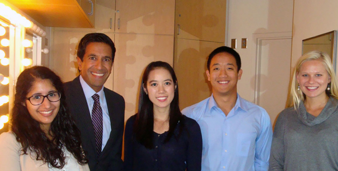 Beckman Scholars meet with Dr. Sanjay Gupta during his UCSB Arts & Lectures visit.